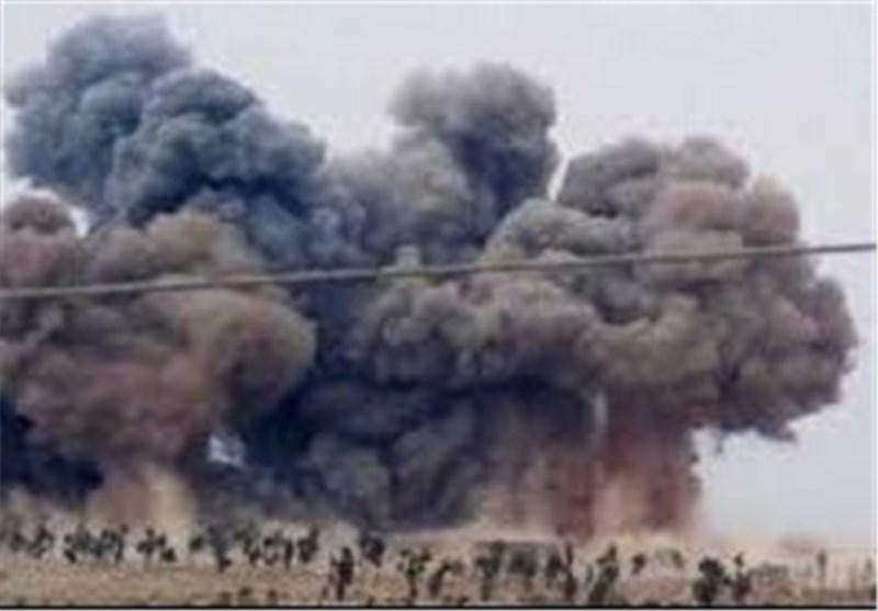 Russian Warplanes Destroy ISIL Base in Syria's Idlib