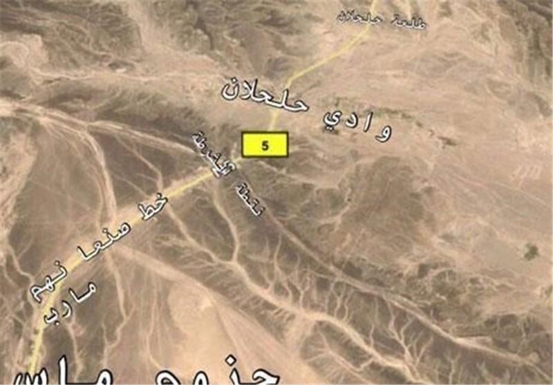 یمن| نیروهای صنعا به دروازه مأرب رسیدند/ حملات شدید جنگندههای سعودی به صنعا