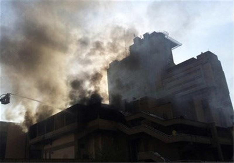 فیلم/ مهار آتش سوزی سالن اصلی وزارت کشور