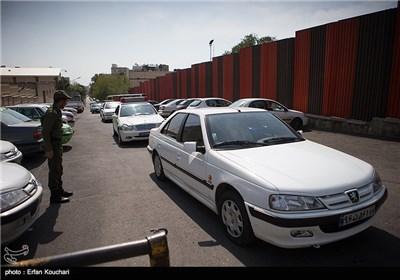 خروج خودروی حامل بابک زنجانی از محل دادگاه