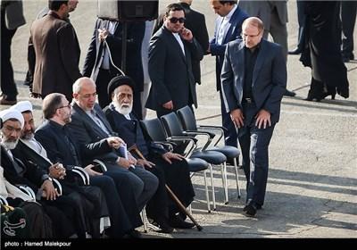 ورود محمدباقر قالیباف شهردار تهران به مراسم استقبال از پیکرهای جانباختگان فاجعه منا