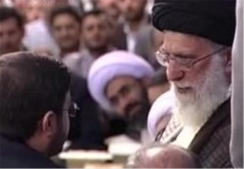 فیلم/گفتگوی صمیمانه رهبر انقلاب با مرحوم حاجی حسنی