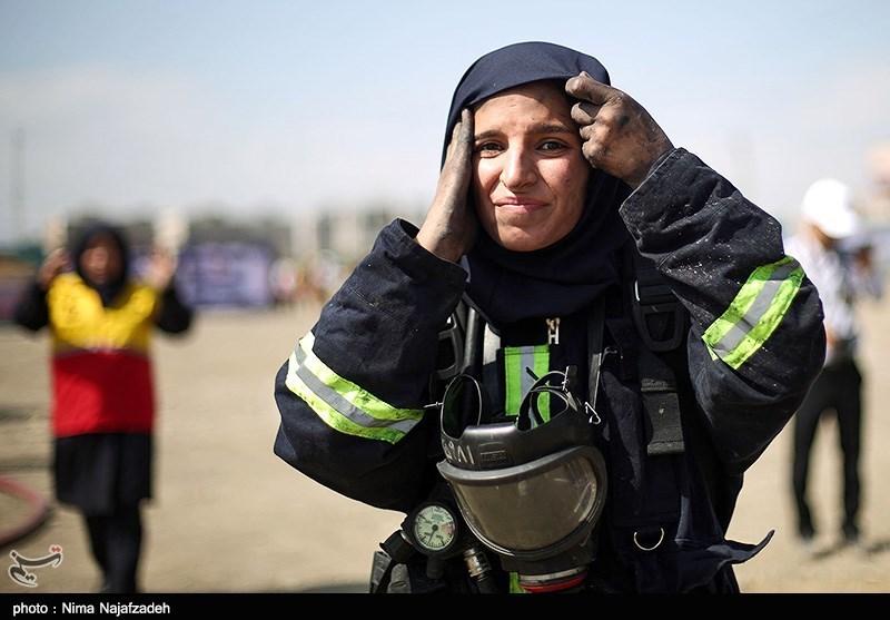 مانور اطفای حریق آتش نشانان زن- مشهد