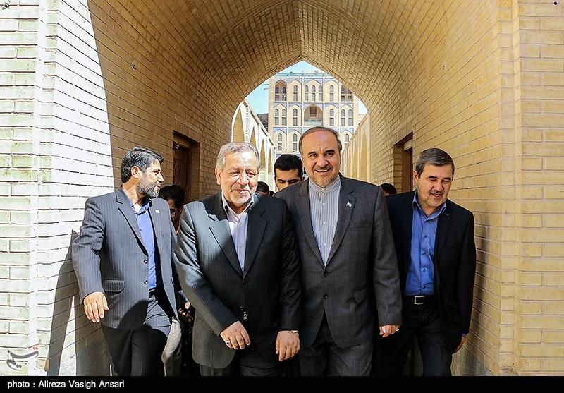 مراسم اعطای اعتبار نامه ی شهر جهانی صنایع دستی به اصفهان