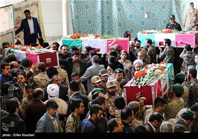 Funeral Processions Held in Iran's Capital for Victims of Mina Tragedy