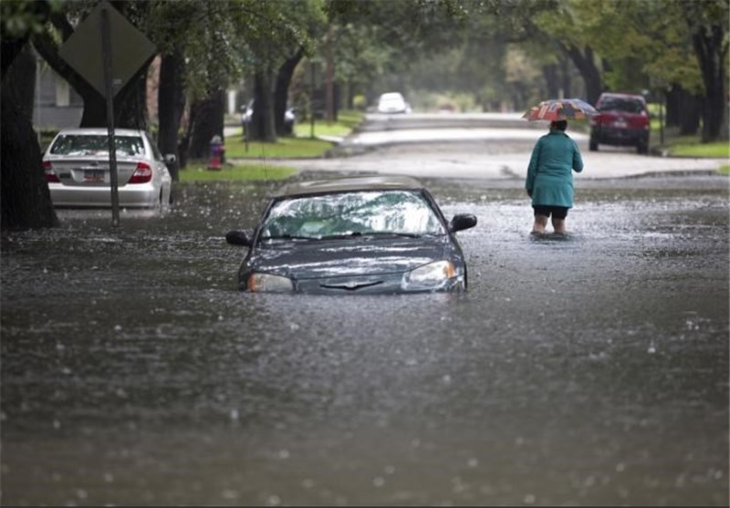 South Carolina Hit by Torrential Rainfall, Eight Dead