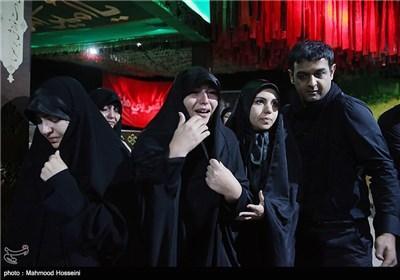 دیدار خانواده سرلشگر شهید همدانی با پیکر وی