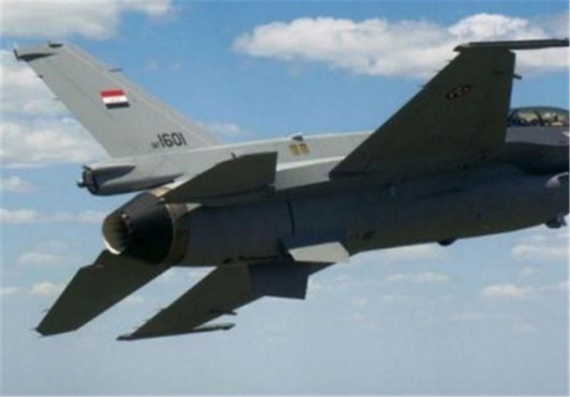 کشته شدن 25 داعشی در یک حمله هوایی در غرب موصل