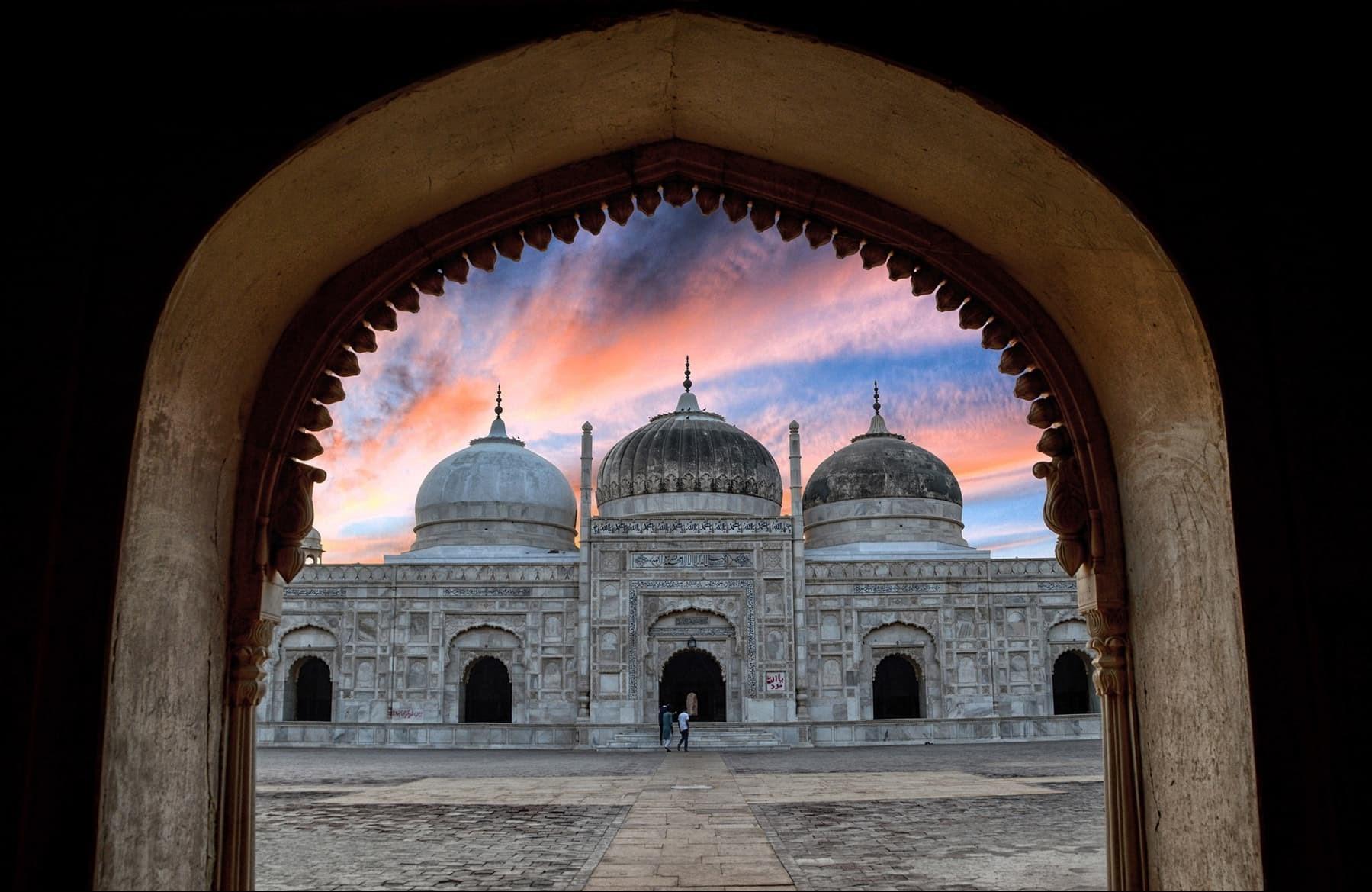 1394072815470419763359710 تصاویر زیبا از مکانهای دیدنی پاکستان