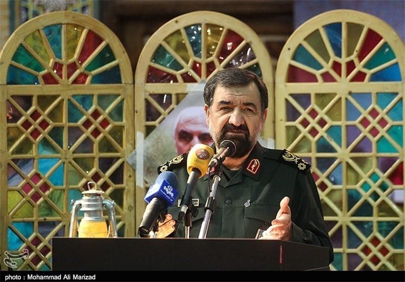 سرلشکر رضایی: حادثه تروریستی اهواز طراحیشده از بیرون مرزها بود/ جدایی خوزستان خواب تحققناشدنی است