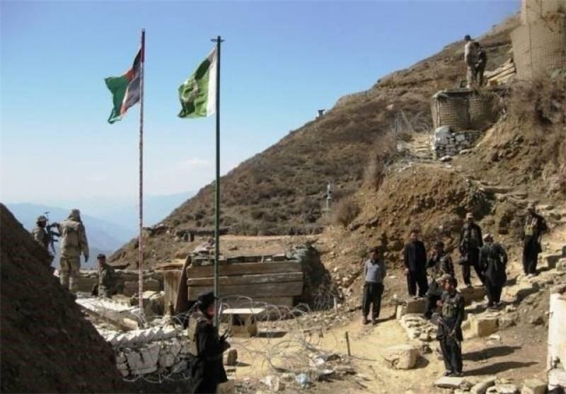 پاک فوج نے افغان سرحد پر بھاری اسلحہ پہنچا دیا