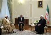 روحانی یدعو إلی تسویة مشاکل العالم الاسلامی بعیدا عن الخیارات العسکریة