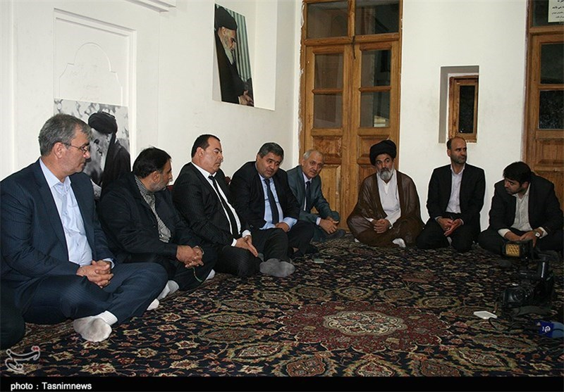 نظرعلی: اندیشه های امام خمینی(ره) راهگشای جامعه جهانی با تمام ادیان است