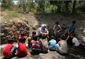 تمام روستاهای لارستان از روحانی مستقر بهرهمند میشوند