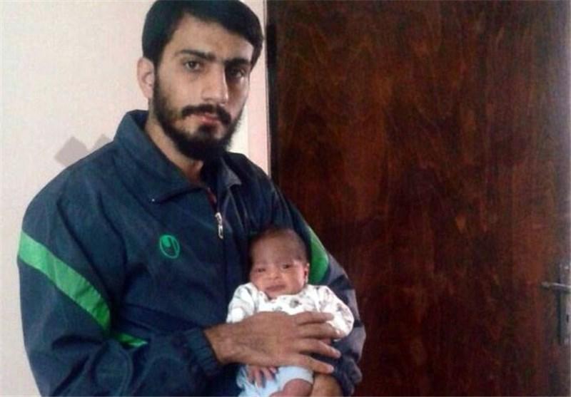وداع 2 کودک خردسال با پدری که شهید ِ مدافع حرم شد + فیلم