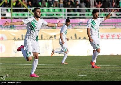 دیدار تیمهای فوتبال ذوبآهن اصفهان و راهآهن تهران