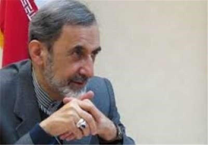 الدکتور ولایتی : لا حل عسکریا للأزمة السوریة