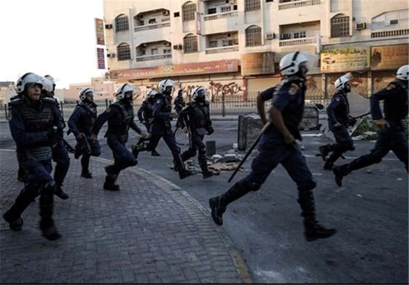 Bahrain Regime Blocks Exit of Activist's Wife, Son, Rights Groups Say