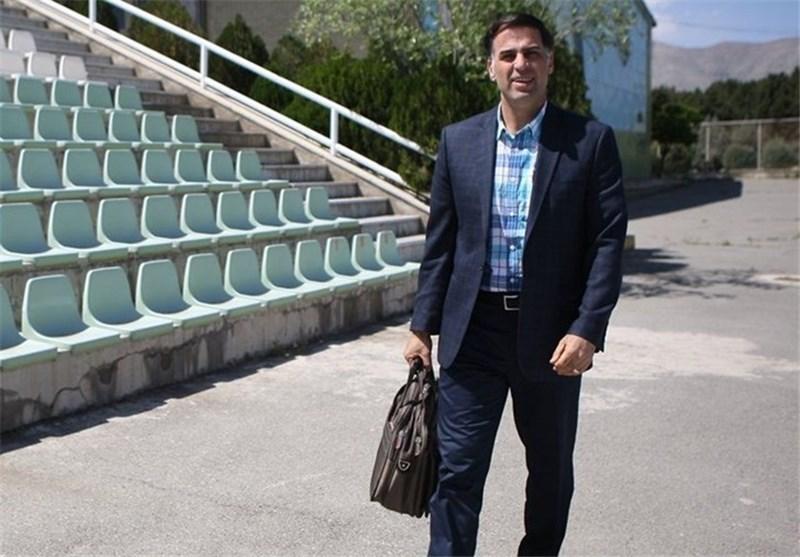 آذری: حاضریم برای ساخت زمین چمن به فدراسیون فوتبال مشاوره بدهیم و پروژههای سنگین را قبول کنیم