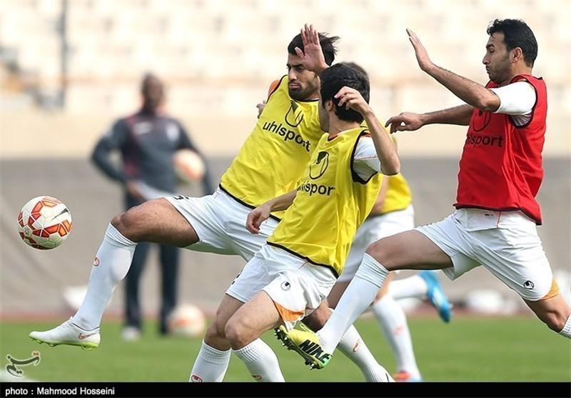 عزتالله پورقاز و حسین کنعانیزادگان، تمرین تیم ملی فوتبال