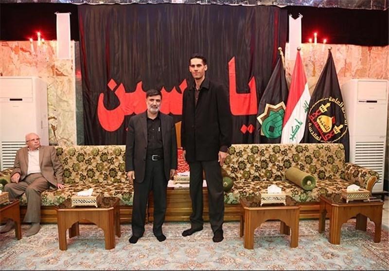 اطول قامة شابة بالعالم تزور مرقد الامام الحسین:اتنمى رفع رایة یاحسین بالمحافل الدولیة