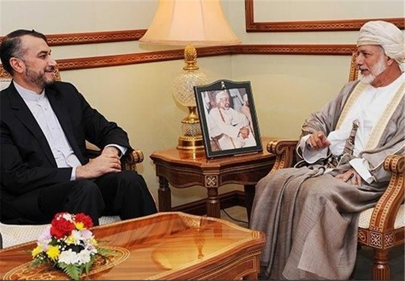 Senior Iranian Diplomat, Omani FM Discuss Syria Crisis