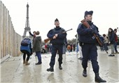 Man Carrying Knife Arrested at Paris's Eiffel Tower, Sparks Evacuation