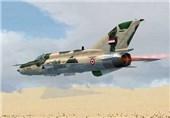 غارات على المسلحین فی دیر الزور وحمص .. الجیش السوری یتقدم باتجاه تدمر