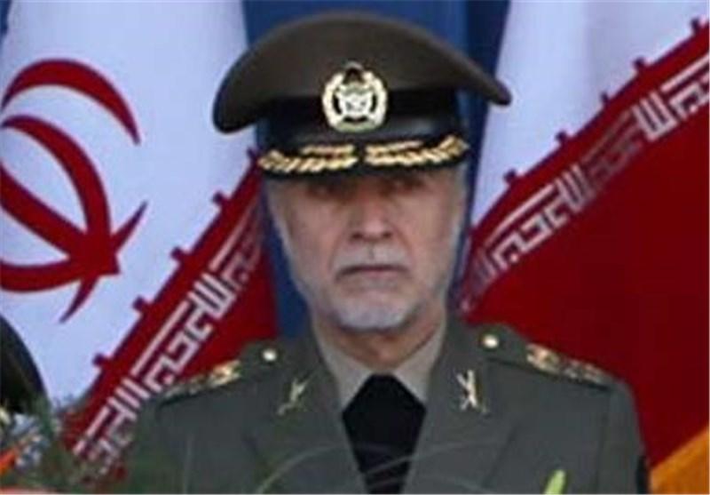 قائد الجیش الایرانی مخاطبا الغرب : 'من ربی أفعی لابد وأن یُلدغ منها فی یوم من الأیام'