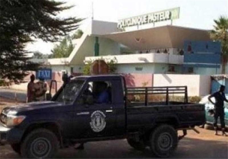 مالی: مسلحان یحتجزان 170 رهینة فی الرادیسون