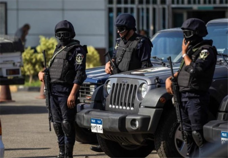 Two Tourists Stabbed to Death, Four Wounded in Egypt