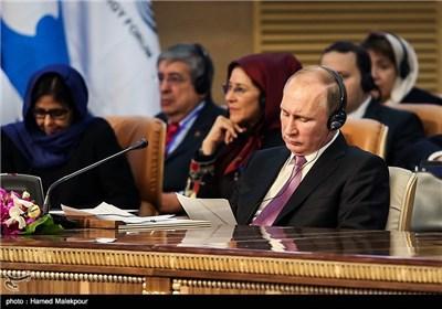 ولادیمیر پوتین رئیس جمهور روسیه در سومین اجلاس سران مجمع کشورهای صادرکننده گاز (GECF)