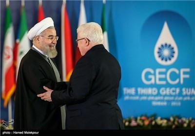 استقبال حجتالاسلام حسن روحانی رئیس جمهور از فؤاد معصوم رئیس جمهور عراق - سومین اجلاس سران مجمع کشورهای صادرکننده گاز (GECF)