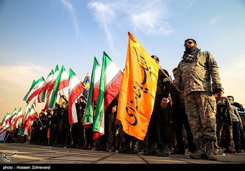 اجتماع سه هزار نفری بسیجیان در میدان آزادی