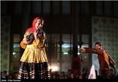 نمایش خیابانی پانزدهین جشنواره تئاتر مقاومت