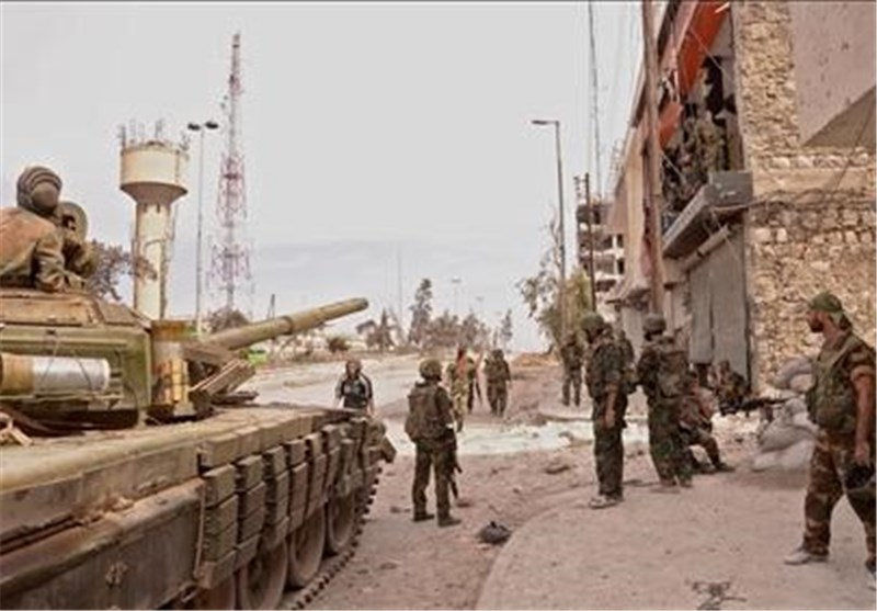 الجیش السوری یصد هجوم جدید على مطار دیر الزور ویوسع عملیاته بحمص