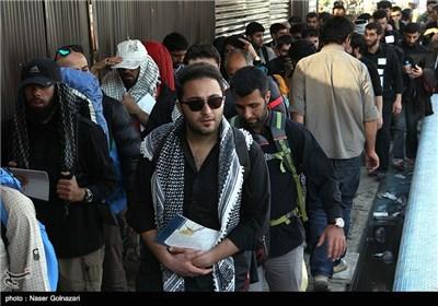 پیاده روی زائران اربعین حسینی - مهران
