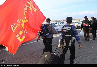 خروج زائران اربعین حسینی ار مرز چزابه - خوزستان