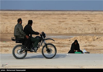 Iran-Iraq Border Crossings Witnessing High Number of Pilgrims ahead of Arbaeen