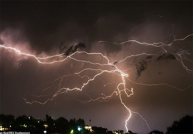 14 Injured in Lightning Strikes in France, Germany