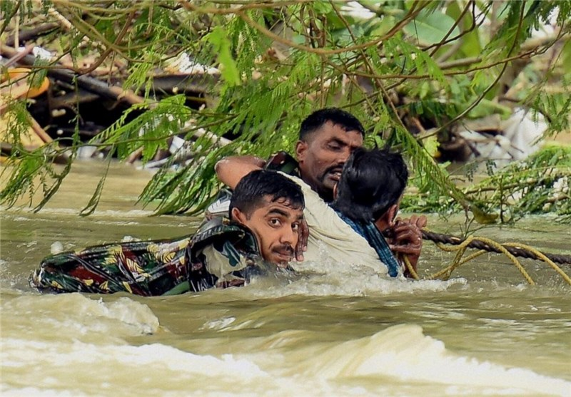 Flood Waters Swirl in South India Even as Rain Eases