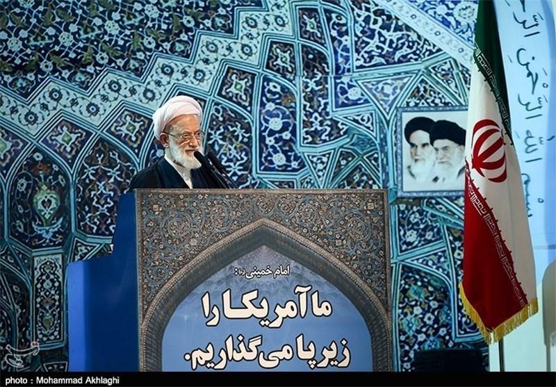 أمام جمعة طهران:امریکا والسعودیة و«اسرائیل» الاضلاع الثلاثة لمثلث الاجرام ضد المسلمین