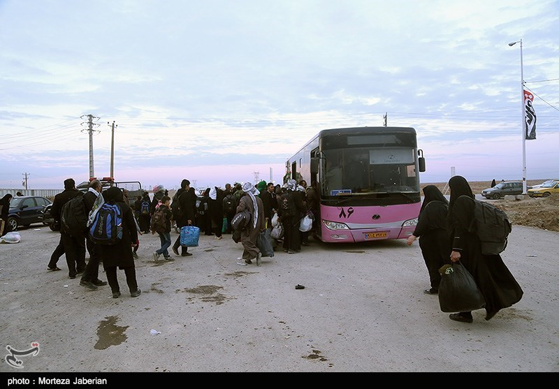 بازگشت زائران اربعین حسینی به کشور ـ مرز چزابه