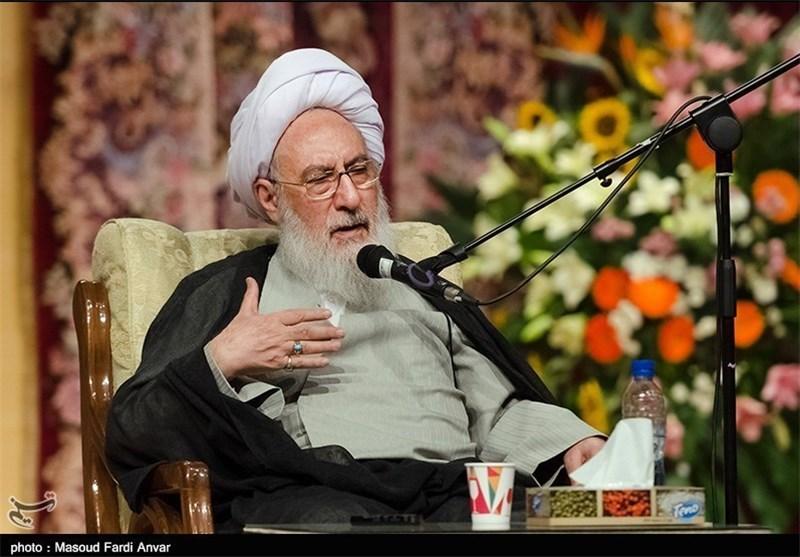 با حمله به شورای نگهبان سوژه دست دشمن ندهیم/ همه به نظر شورای نگهبان تمکین کنند