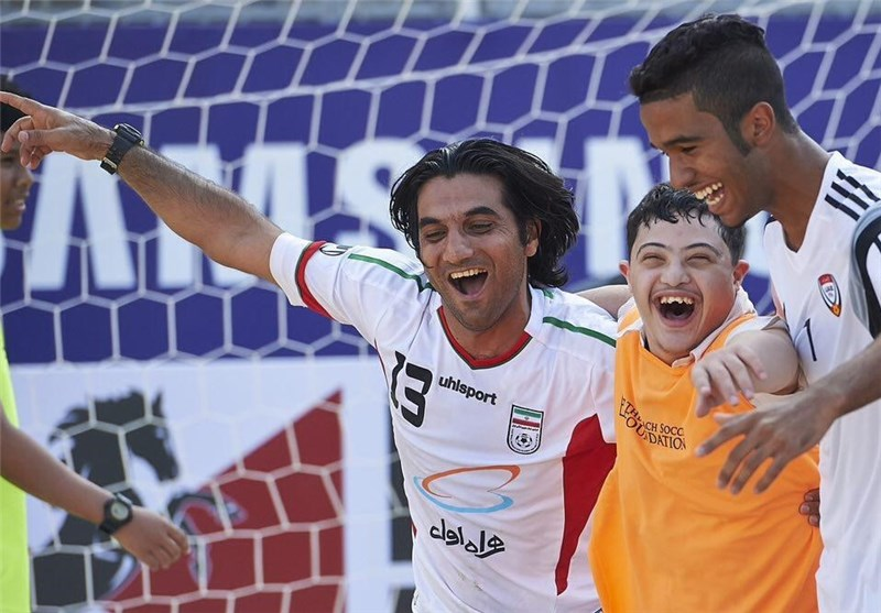 عباس هاشمپور، فوتبال ساحلی و کودکان معلول