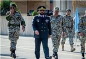 العمید اسماعیلی یتفقد الجاهزیة الحربیة لقوات الدفاع الجوی شمال غرب إیران