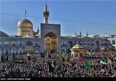 Imam Reza (AS) Martyrdom Anniversary Marked in Iran's Mashhad