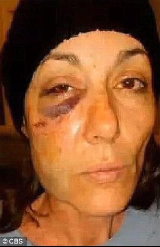 139409291850529736750985 رفتار خشونت آمیز پلیس آمریکا با زن ۴۷ ساله