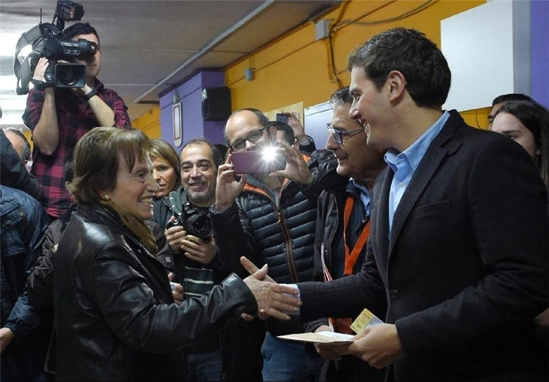 Ruling People's Party Scores Uneasy Win in Spain Vote