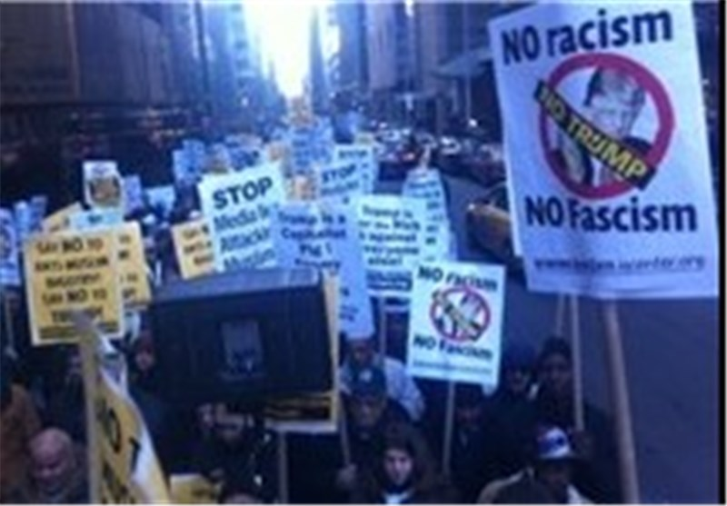 تظاهرات اهالی نیویورک ضد التمییز العنصری والدفاع عن المسلمین